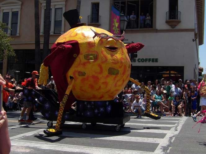 Parade23