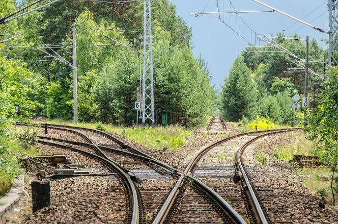 railway-2100353_1280